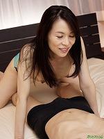 縦型動画 027 ~グイグイくる熟女の隠語フェラ~ 井上綾子